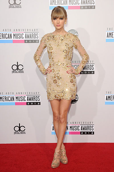 Тэйлор Свифт на American Music Awards 2012