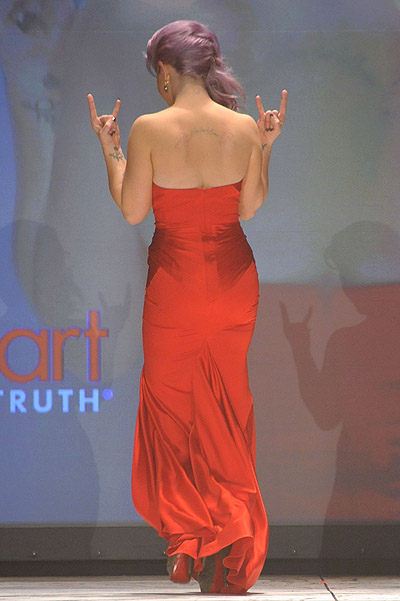 Келли Осборн на показе The Heart Truth Red Dress Collection