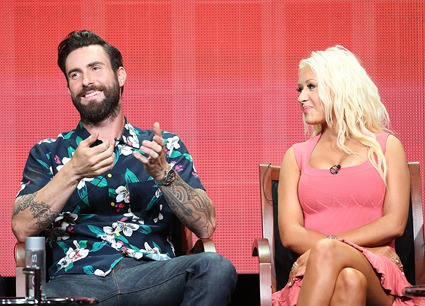 адам ливайн и кристина агилера на NBC's Summer TCA Tour