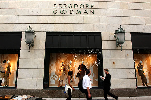 a overview of bergdorf goodman store in new york city New york's department stores are every shopper's dream come truenyc is home to a variety of the world's best department stores, from bergdorf goodman to saks and macy's, many of them being a top shopping destination.