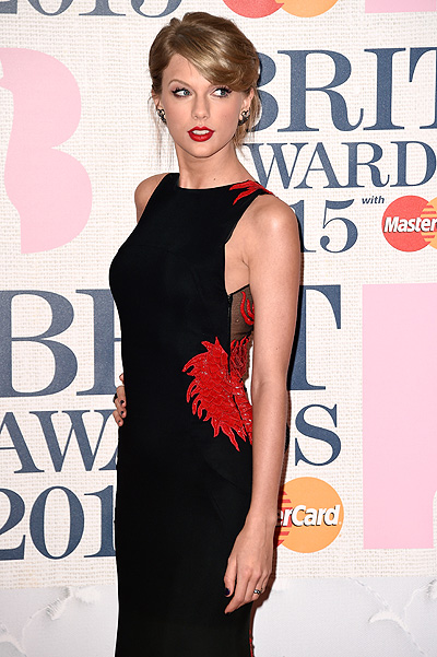 Тэйлор Свифт на BRIT Awards-2015