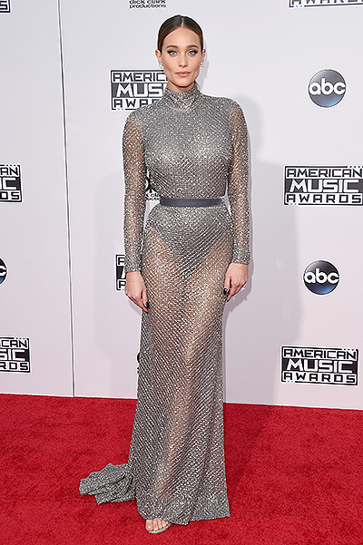 Ханна Дэвис в Naeem Khan, American Music Awards-2015