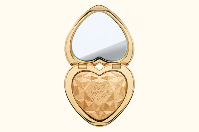 Хайлайтер Too Faced Love Lights в оттенке You Light Up My Life, 2190 р.