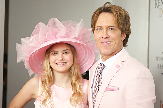 Anna Nicole Smith's 12-year-old daughter Dennilin attended horse racing with her father Larry Birkhead