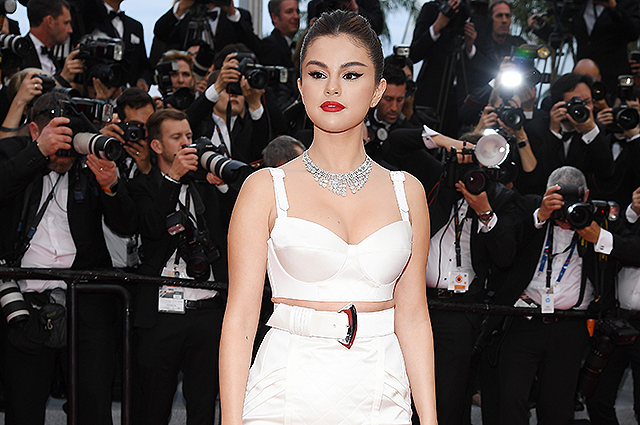 Cannes-2019: Selena Gomez, Eva Longoria, Julianne Moore and others at the opening of the festival