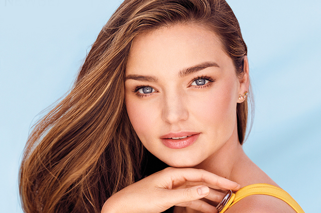 Radiation Stickers, Alkaline Water Filter and Palo Santo: Miranda Kerr on Healthy Habits