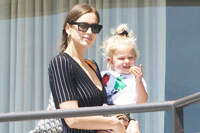 Irina Shayk on a walk with her daughter Leah in Los Angeles: new photos
