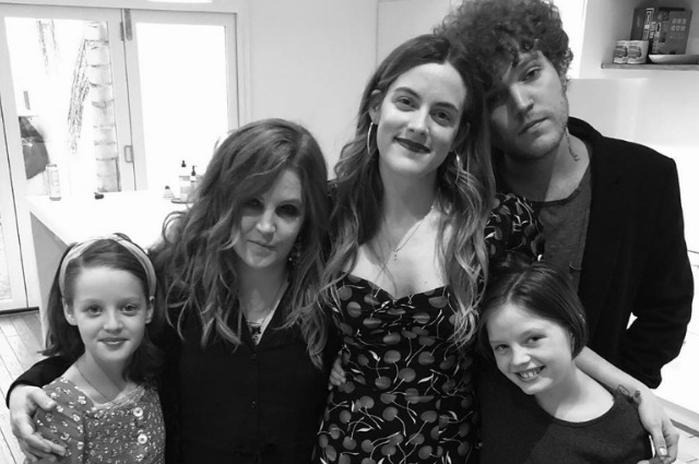 Lisa Maria Presley posted a cute photo with her four children.
