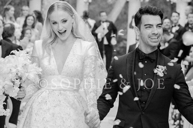 Sophie Turner shared the first photo from the second wedding with Joe Jonas