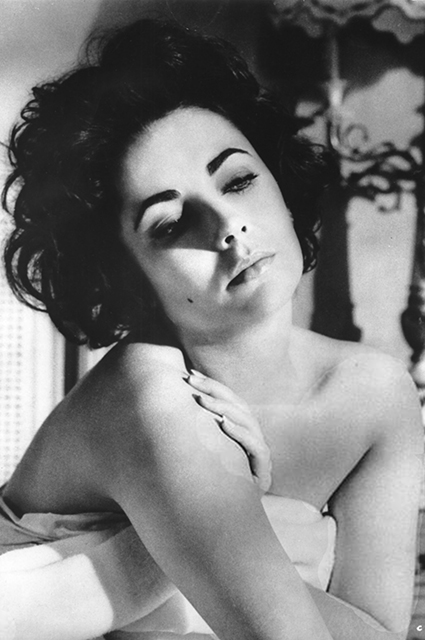 """Elizabeth Taylor in the movie """"The Cat on a Hot Roof"""""""