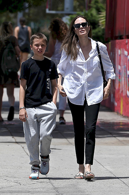 Angelina Jolie with her son Knox
