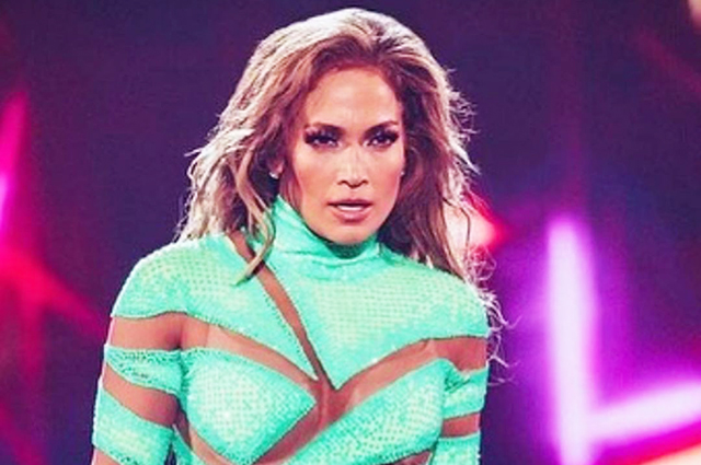 Dances, rhinestones and tears: how was the concert of Jennifer Lopez in Moscow
