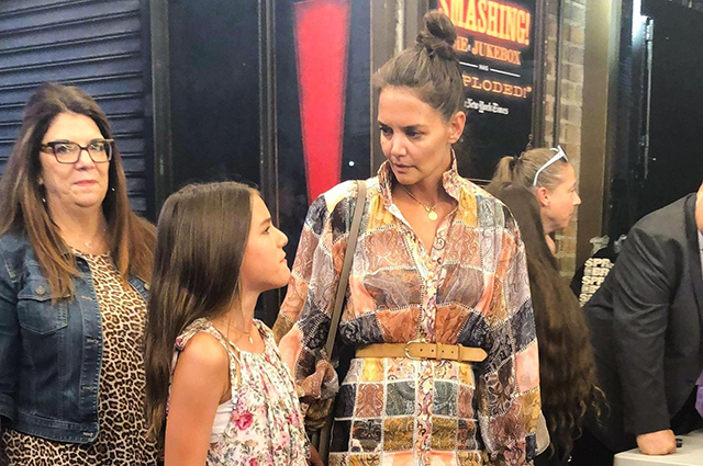 Katie Holmes drove Suri's daughter to a Broadway musical.