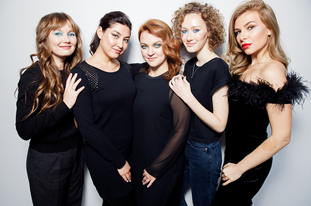 What makeup to do on New Year's Eve: shows the editors SPLETNIK.RU