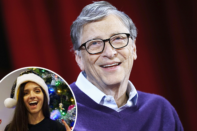 Bill gates presented to a stranger in
