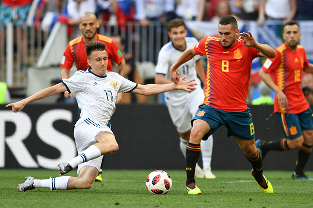 Alexander Golovin in the match against Spain