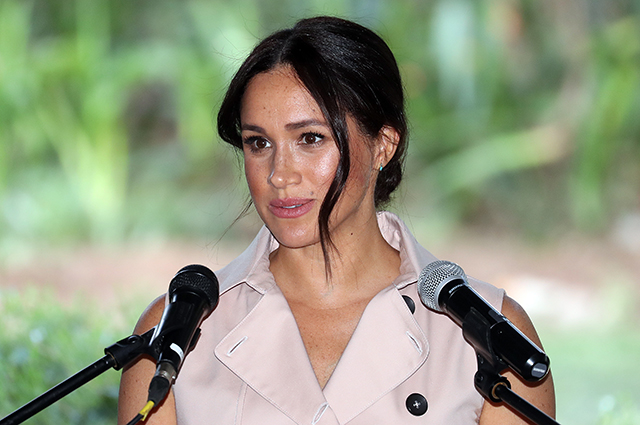 An insider explained why Meghan Markle refrains from commenting after moving to Canada
