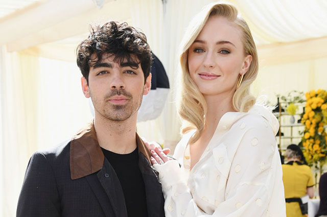 An insider talks about the early days of Sophie Turner and Joe Jonas as parents