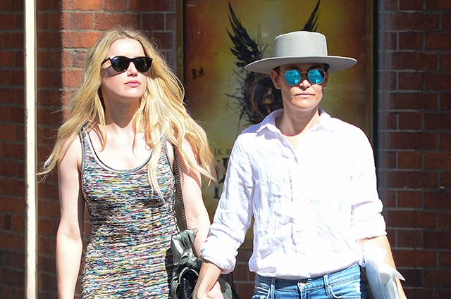 Amber Heard on a walk with her beloved Bianca Bootie in London: photo