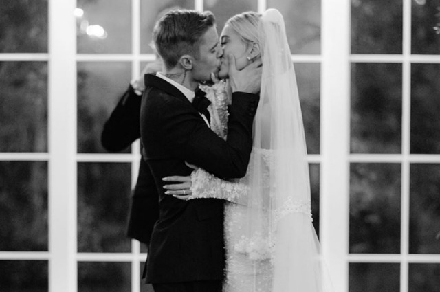 """I am lucky to be your husband!"": Justin Bieber congratulated his wife Haley on her wedding anniversary"