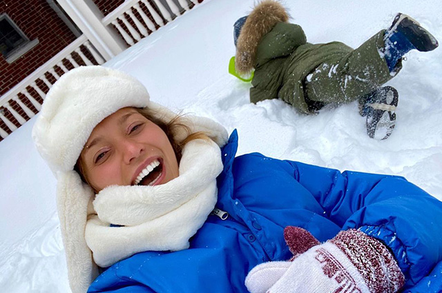 Star Instagram: winter fun, summer sketches and family joys