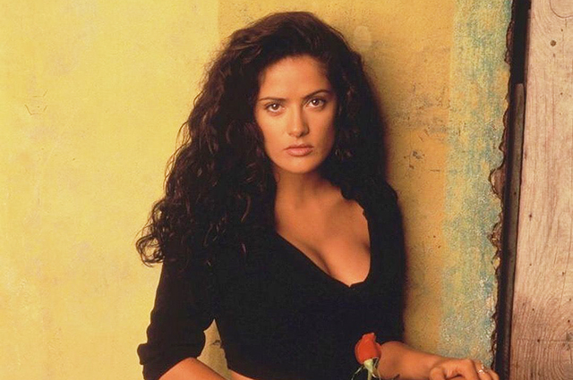"Salma Hayek spoke about the traumatic experience of filming a sex scene with Antonio Banderas: ""I cried"""