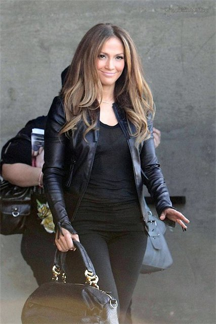 JLo in Hollywood ( foto) 8.04.10