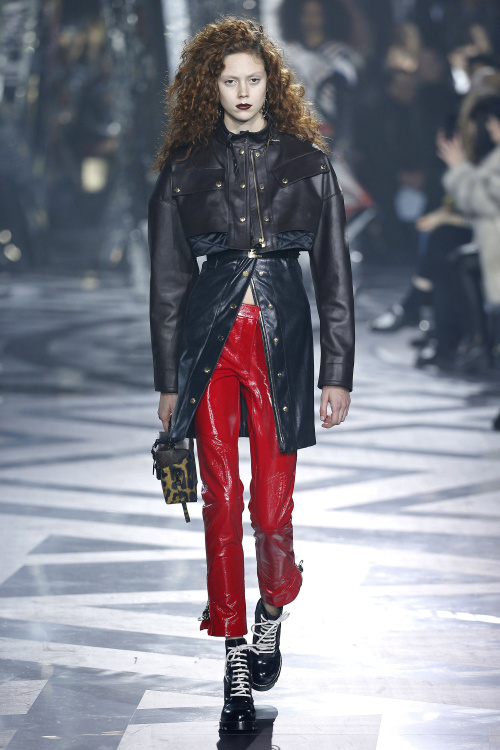 Louis Vuitton fall 2016 на PFW
