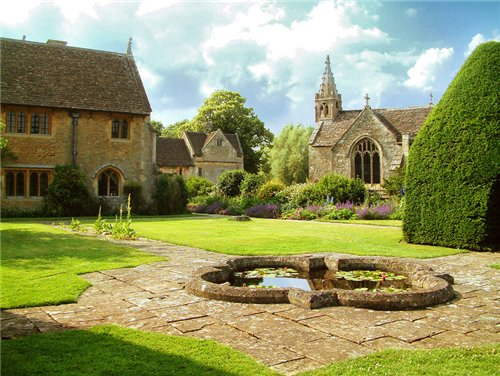 Great Chalfield Manor and Garden. Англия