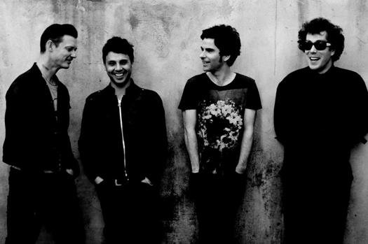 Stereophonics -  «In a Moment».