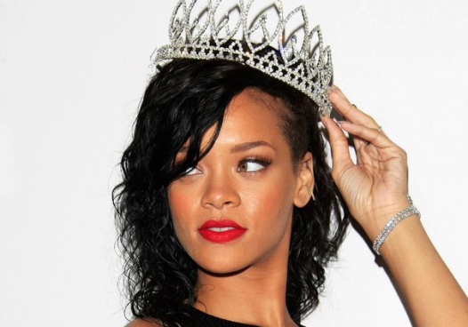 Happy b'day, RiRi!
