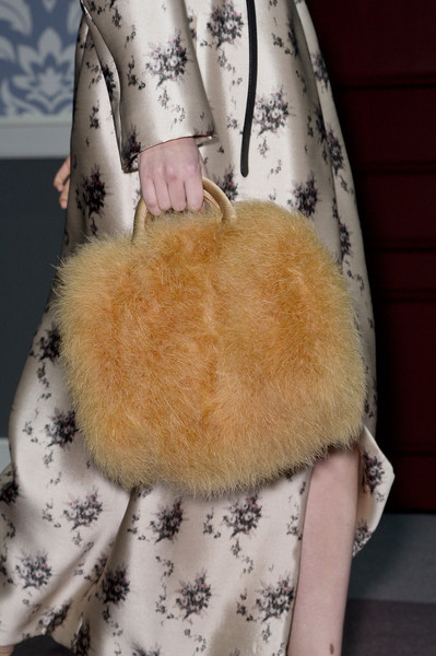 Details At Louis Vuitton Fall 2013 Collection