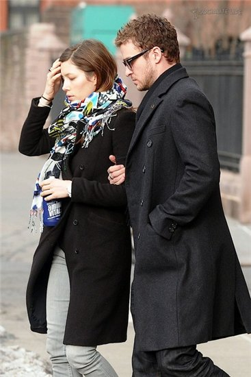 Justin Timberlake & Jessica Biel at Lunch.March 2010