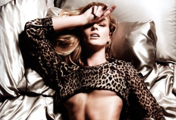 Anne Vyalitsyna-STNDRD Magazine – Holidays 2012 – Issue #2