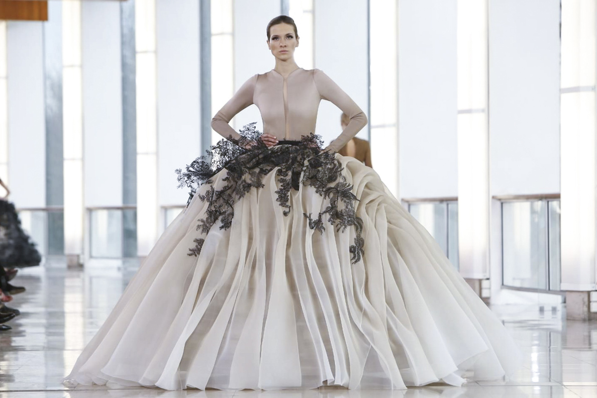 St phane rolland haute couture s s 2015 for Haute couture spelling
