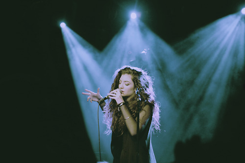 Lorde - Yellow Flicker Beat