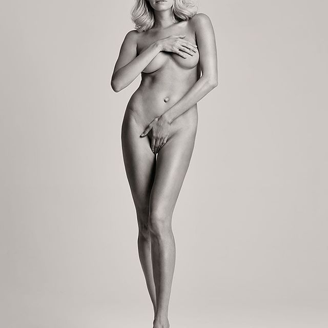 Was shy then to post this front pic, just 2 months after my 3d pregnancy #maybeonemore   for @voguerussia