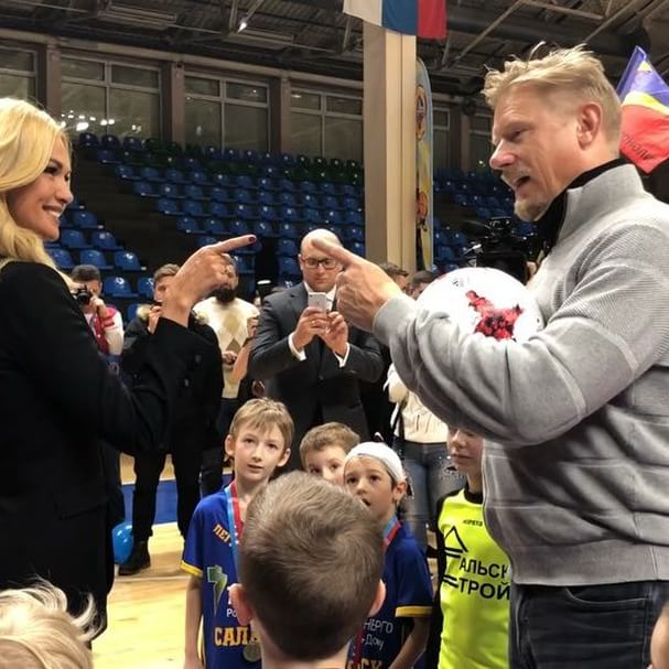 Mission impossible   to score to the legendary @pschmeichel1    and champions of the kids football tournament we had today in #Rostov    #100daysbeforetheworldcup @thepeterschmeichelshow