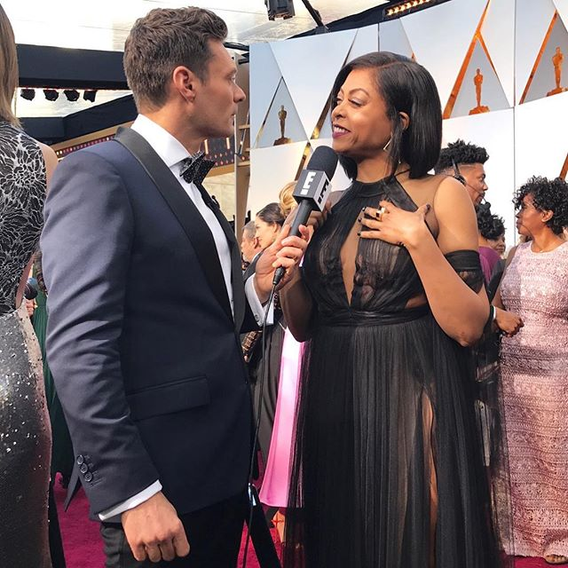 Nothing but love for my friend @tarajiphenson. Thanks for hanging out with us on the #ERedCarpet! #Oscars