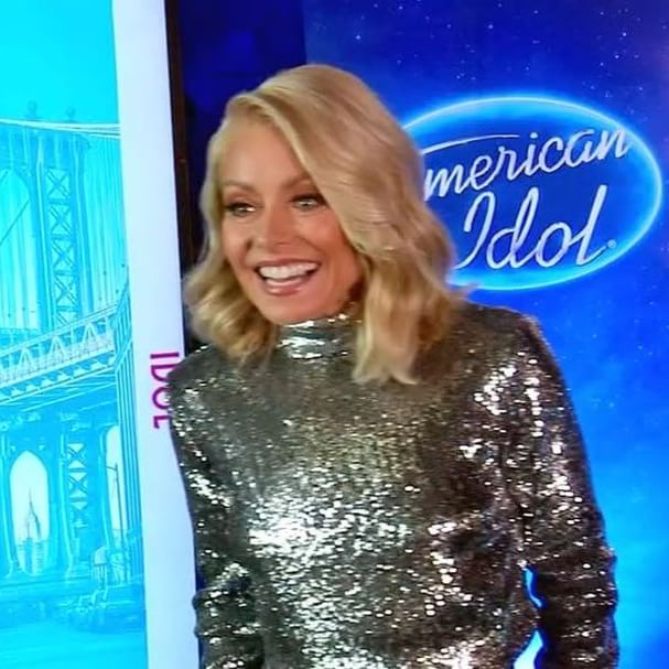 By popular demand, here is the #americanidol audition you ve all been waiting for: @kellyripa s