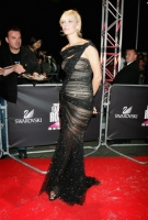 Ума Турман,  Swarovski Fashion Rocks, 2007