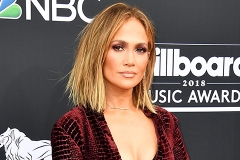 Billboard Music Awards — 2018: Дженнифер Лопес, Мила Кунис, Кристина Агилера и другие звезды на ковровой дорожке
